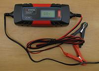 Фото Інтелектуальний зарядний пристрій Intertool AT-3024 6/12 В №150